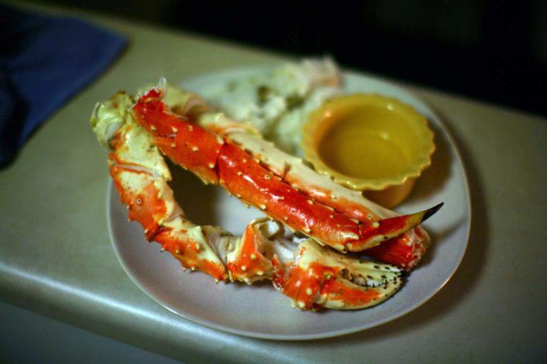 Boiled King Crab Legs