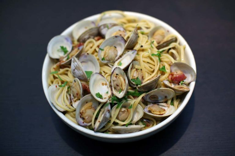 Clams and Linguine